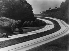 an-automobile-on-the-sweeping-curves-everett