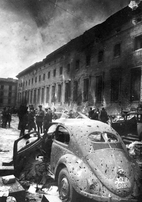 Berlin1945Reichkanzlerei